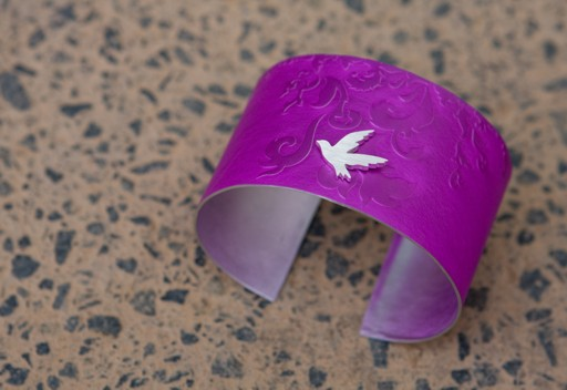 Wide aluminium cuff - blackbird on pink (08-BWC-P)